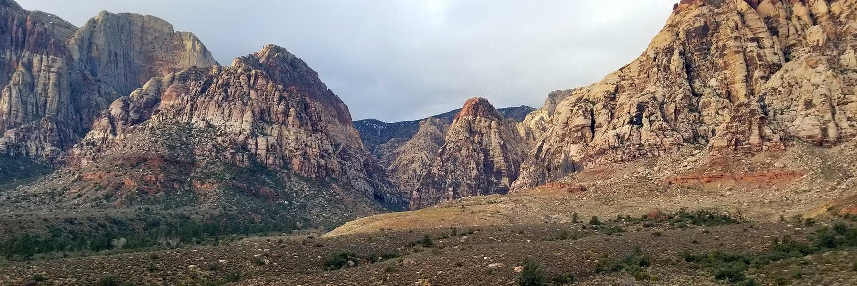 Pine Creek Canyon, Mescalito Peak, Juniper Peak and Rainbow Mountain, Red Rock National Park, Nevada