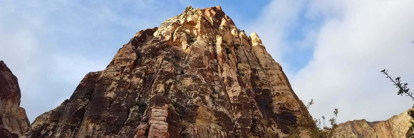Mescalito Peak in Pine Creek Canyon, Red Rock National Park, Nevada