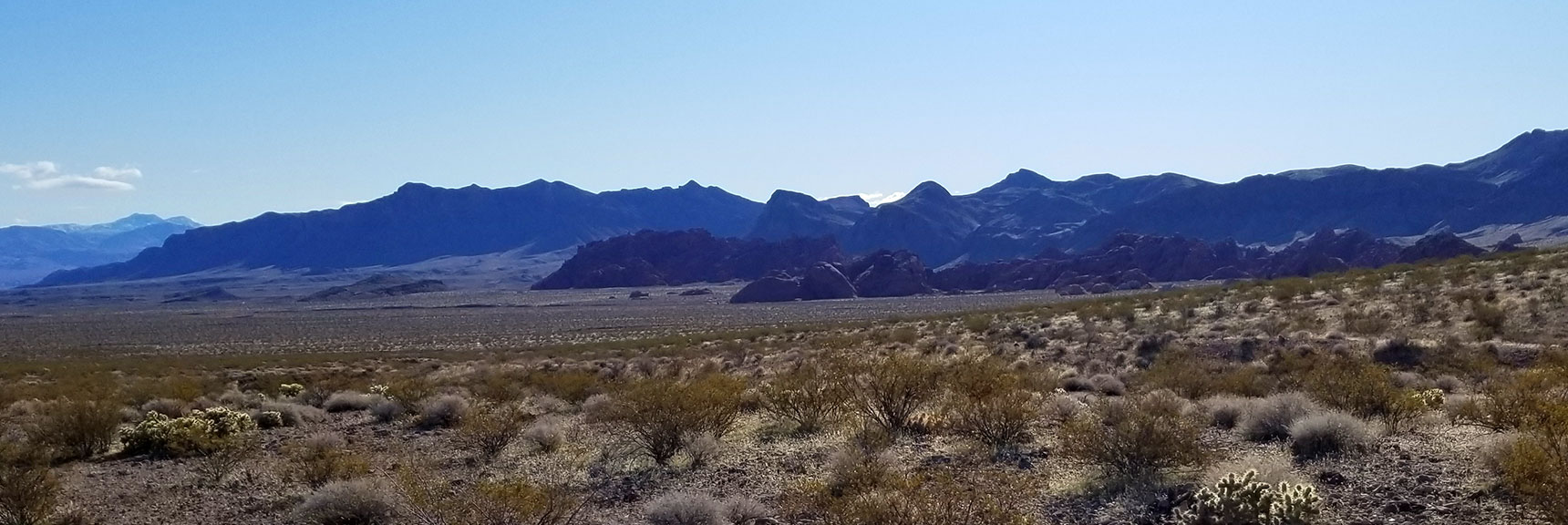 Looking Across to the Trailhead of Pinnacles Loop Trail in Valley of Fire State Park, Nevada