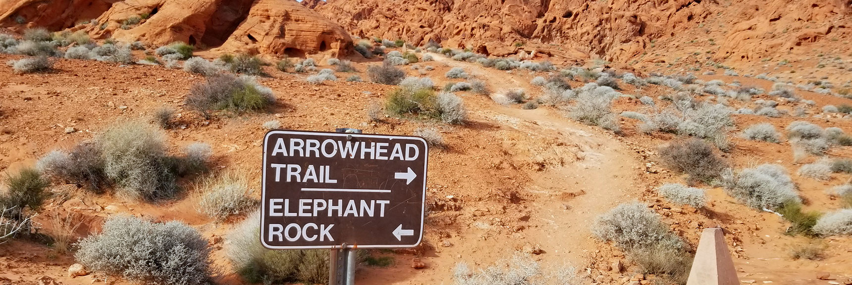 East Entrance to Elephant Rock Loop in Valley of Fire State Park, Nevada Slide