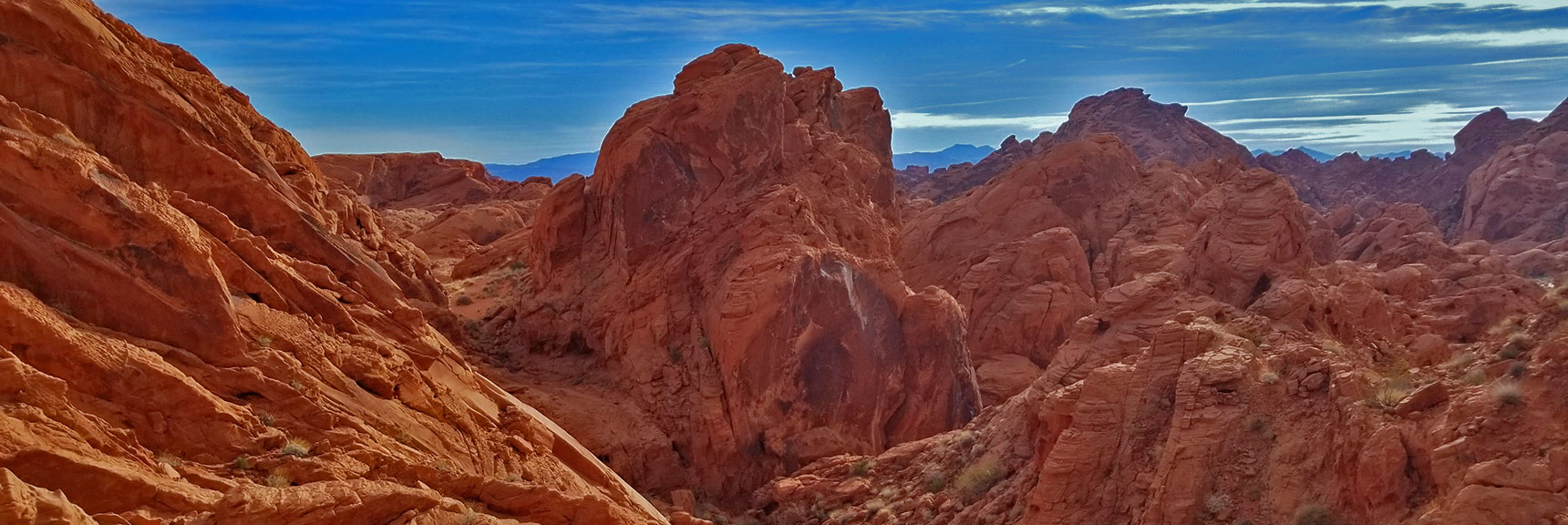 Fire Canyon in Valley of Fire State Park, Nevada, Overlook on the Rainbow Vista Trail