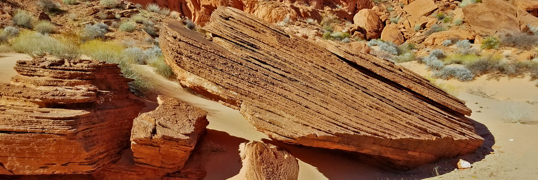 Rock Composed of Successive Silt Layers on Natural Arches Trail, Valley of Fire State Park, Nevada