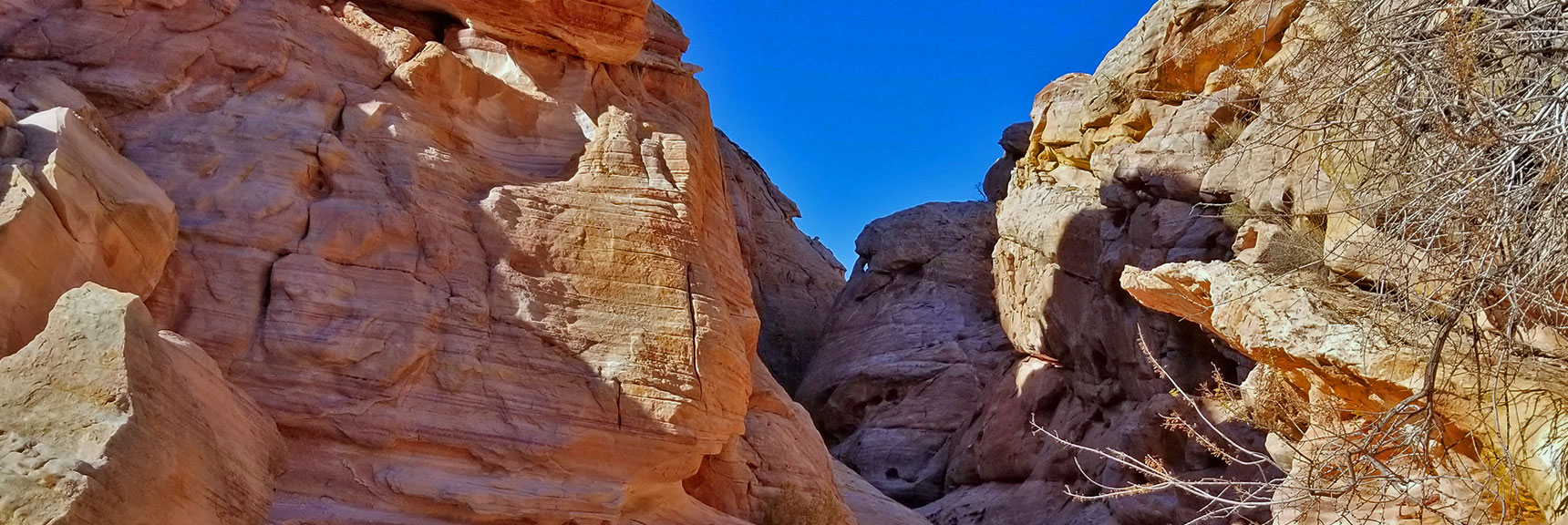 Entering the Slot Canyon on White Domes Loop Trail in Valley of Fire State Park, Nevada