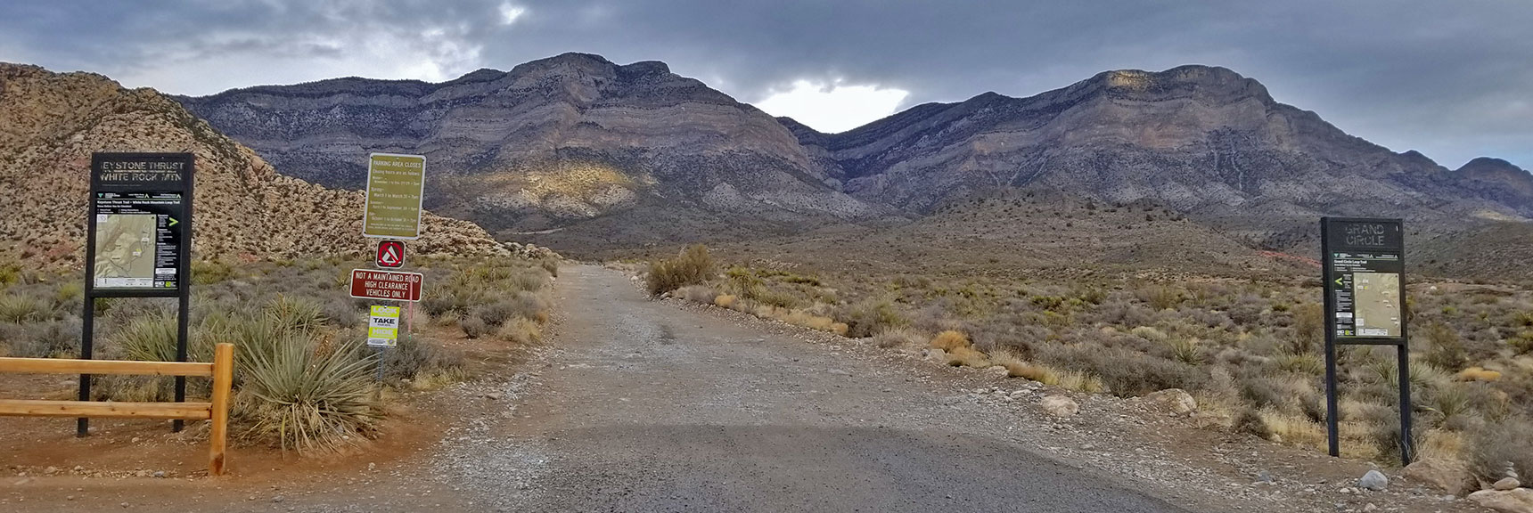 Trailhead at White Rock Mountain Loop in Red Rock Park, Nevada