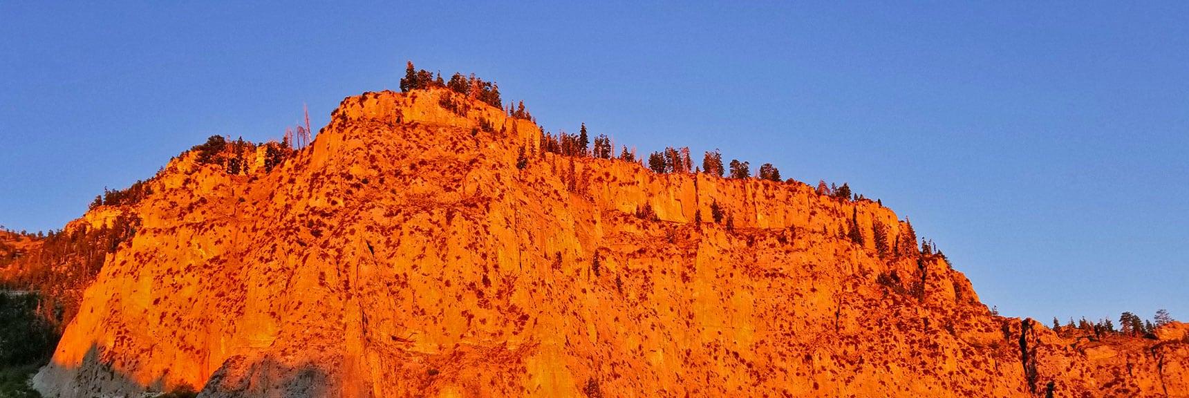 First Viewpoint Cliff on South Climb Trail | Griffith Peak & Charleston Peak Circuit Run, Spring Mountains, Nevada
