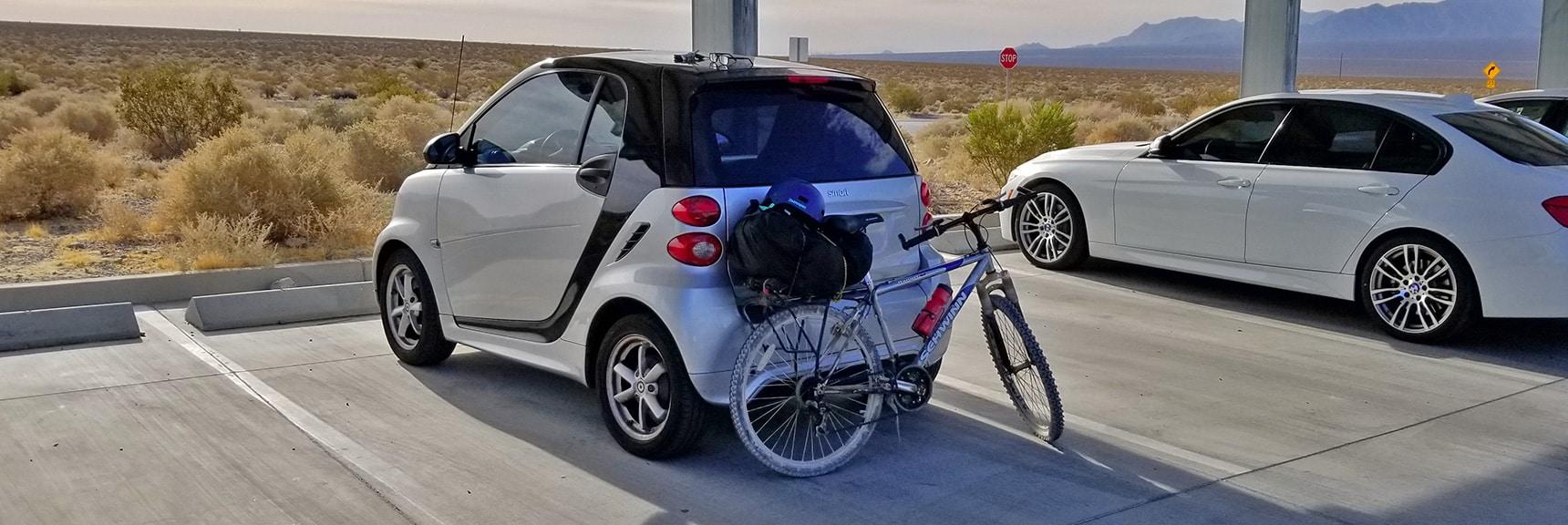 Mounting the Back Pack with Dust Cover Onto Bike's Back Rack| Smart Car Bike Rack and Mountain Bike Test, Sheep Range, Nevada