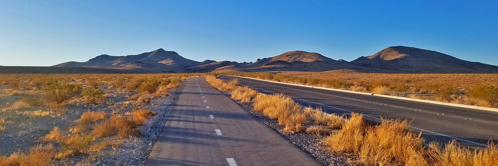 Approaching Petroglyph Canyon | Petroglyph Canyon | Sloan Canyon National Conservation Area, Nevada