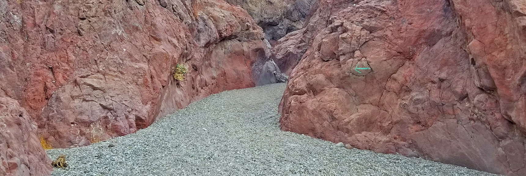 Ascending the Hot Springs Canyon, Good Trail Markings, Fine Gravel Surface. | Arizona Hot Spring | Liberty Bell Arch | Lake Mead National Recreation Area, Arizona