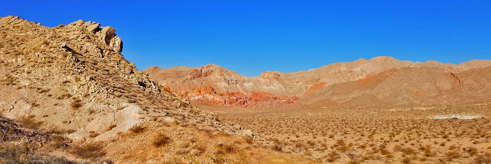 Bowl of Fire Viewed from 1/4th Mile Up the Trail | Bowl of Fire, Lake Mead National Recreation Area, Nevada
