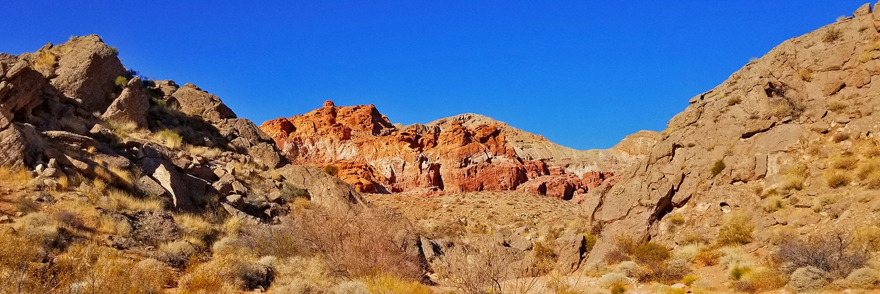 Approaching Bowl of Fire | Bowl of Fire, Lake Mead National Recreation Area, Nevada