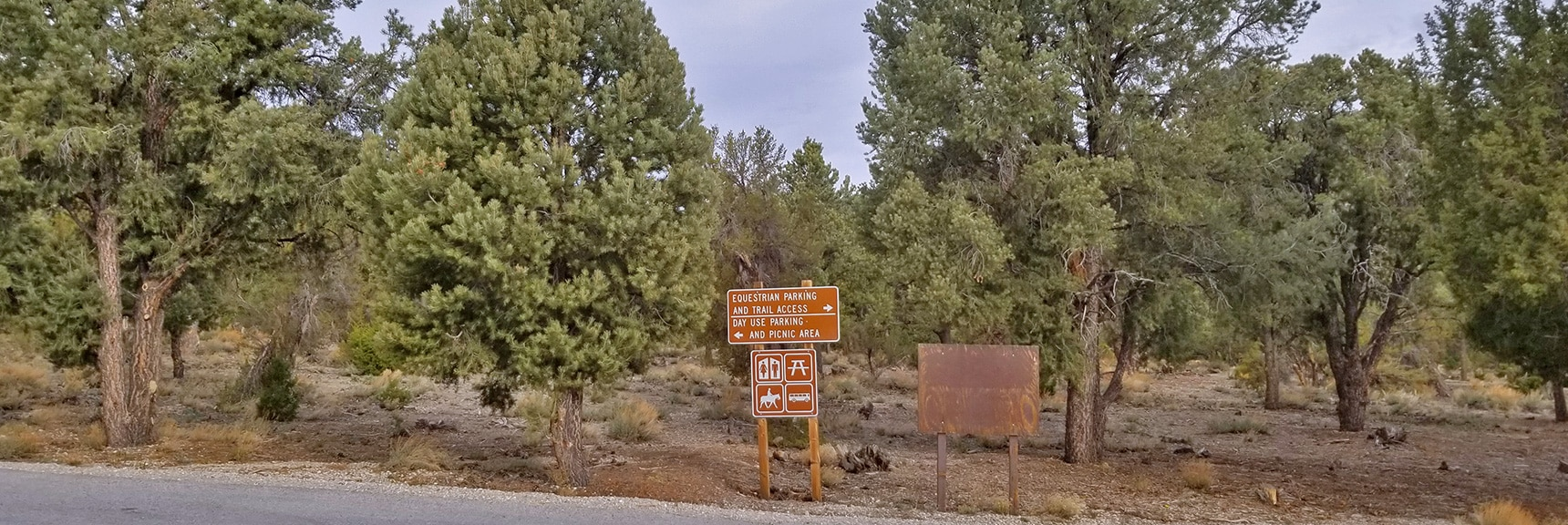 Left Turn to Hiker's Trailhead Parking Area for Sawmill Loop Trail   Sawmill Trail to McFarland Peak   Spring Mountains, Nevada